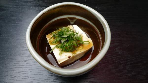 Yudofu-hay-đậu-phụ-luộc-Kyoto
